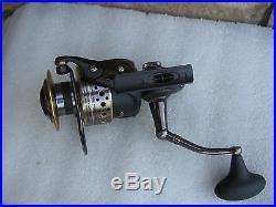A NICE used PENN BATTLE II 8000 Saltwater Spinning Reel, nice Working, LOOK