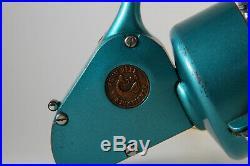 NICE Vintage Large Penn 704 Green Spinning Reel Greenie