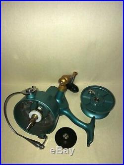 New Penn Vintage 705 Green Lefty Classic Reel USA