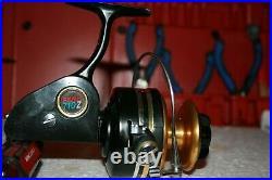 Nice Clean Penn 710z Medium Saltwater Spinning Fishing Reel