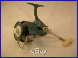 OLD VINTAGE Penn Spinning Fishing Reel 704 SPINFISHER 4 lure tackle BOX BIG NICE