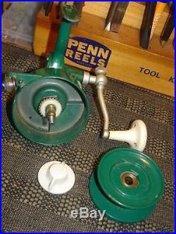 PENN 706 SPINFISHER Green Spinning Reel Very Good Condition Circa 1970