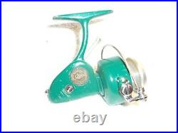 PENN 714 SPINFISHER SPINNING FISHING REEL 1960's GREENIE EXCELLENT CLEAN
