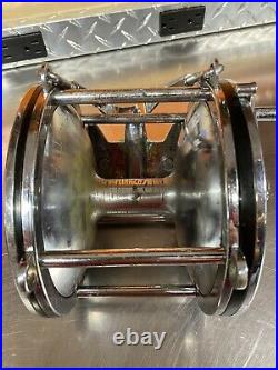 Penn 10/0 116A Senator Fishing Reel With Rod Clamp And Rod Harness. Vintage Reel