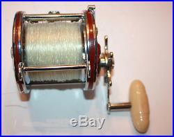 Penn 4/0 113H Fishing Reel Vintage Model with original box Red white handle