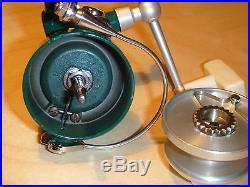 Penn 716 Ultra Light Spinning Reel