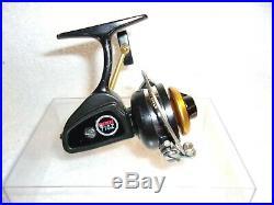 Penn 716 Z Ultra Light Spinning Fishing Reel Nice Working Condition Nice Reel