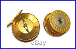 Penn International gold 1.5 salt water fly reel & spare spool with Penn case
