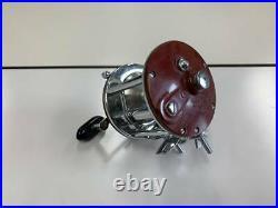 Penn PEER NO 209 PEER Vintage Baitcast Reel N1675