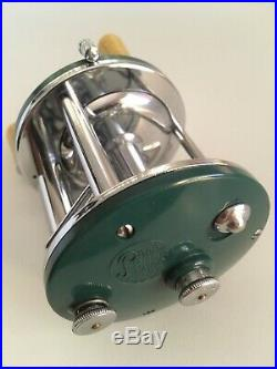 Rare Vintage Teal Green Penn 109 Conventional Reel In Excellent Condition