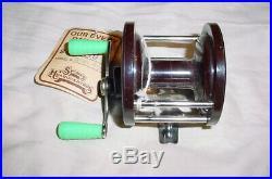 VINTAGE NEW OLD STOCK IN BOX Penn No. 77 Bakelite Fishing Reel withManual