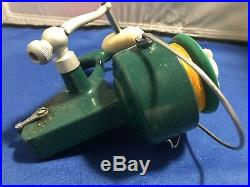 VINTAGE PENN REELS GREEN 711 SPINFISHER IN BOX barely used Exter Spool (233)