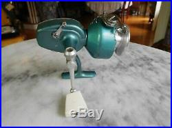 VINTAGE PENN SPINFISHER No. 722 SPINNING REEL U. S. A. WORKING ORDER