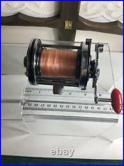 VINTAGE PENN SQUIDDER No. 140 Saltwater Fishing Reel RED Bakelite knob USA