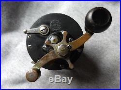Vintage /Antique USA Penn Bridge City fishing reel Wood Handle c. 1930's