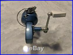 Vintage Fishing Penn 720 Spinning Reel With Box Excellent Condition