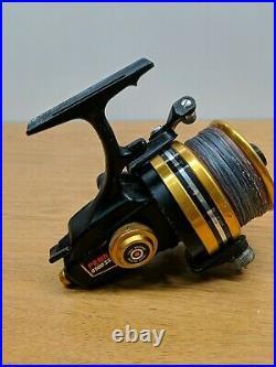 Vintage Fishing Spinning Reel PENN 8500ss