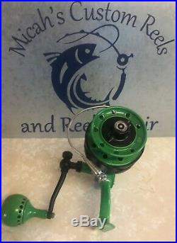 Vintage Large Penn 704 Green Spinning Reel