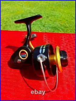 Vintage PENN 710Z Spinning Fishing Reel Made in USA