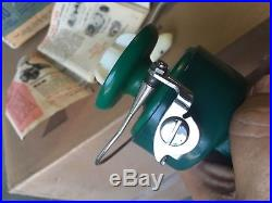 Vintage PENN 710 SPINFISHER Spinning Reel Greenie With Box and Papers Looks New
