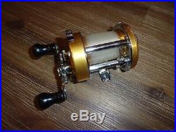 Vintage PENN Levelmatic 940 Baitcasting Reel made in USA- MUST SEE