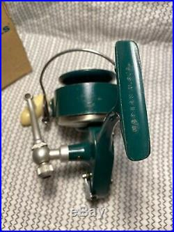 Vintage PENN Spinfisher Model 700/701 Greenie Spinning Reel. Circa 1960's. USA