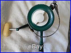 Vintage Penn #700 second version Spinfisher spinning reel