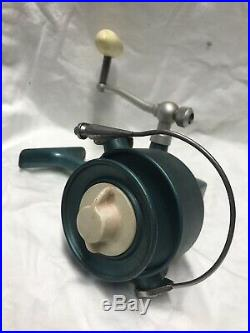 Vintage Penn 704 Greenie Spinfisher Spining Reel, Rare Find, Vgc, Must See