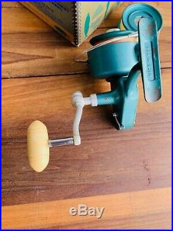 Vintage Penn 704 Spinfisher Spinning Reel withBox & Extra Spool Greenie Works