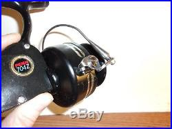 Vintage Penn 704 Z Spinning Reel Salt Water Gently Used Excellent +++ Condition