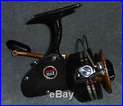 Vintage Penn 704z Spinning Reel-excellent +++ Condition