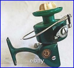 Vintage Penn 710 Spinfisher Spinning Reel Green Fishing