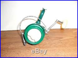 Vintage Penn 710 Spinfisher Spinning Reel with manual and extras Nice Condition