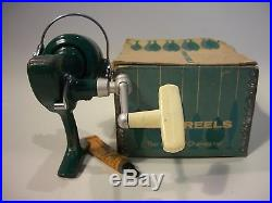 Vintage Penn 716 Spinfisher Ultra Light Spinning Reel with Box + Lube