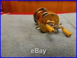 Vintage Penn 910 Levelmatic Baitcasting Fishing Reel Nice! Clean