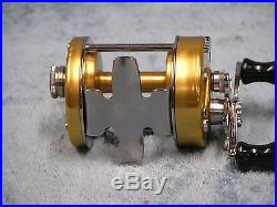 Vintage Penn 940 Baitcasting Reel Nice with Box and Papers