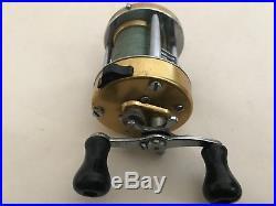 Vintage Penn 940 Levelmatic Ball Bearing Bait Casting Reel Nice & Smooth USA