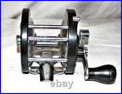 Vintage Penn Anglesea fishing reel 250YDS Very nice shape been in my collection