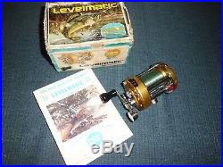 Vintage Penn Levelmatic 930 Baitcasting Reel with Original Box and Paper- MINT