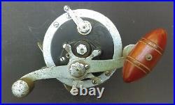 Vintage Penn Long Beach Deluxe 250 yd Vintage Fishing Reel