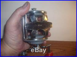 Vintage Penn Monofil 25 Conventional Fishing Reel Made In USA Gray Excellent