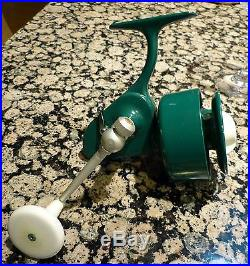 Vintage Penn Reels Spinfisher 707 Left handed with original accessories MINT 70s