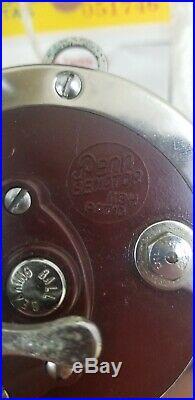 Vintage Penn Senator 113H 4/0 Special Fishing Reel Red Chrome Saltwater White