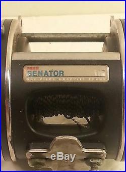 Vintage Penn Senator 113 4/0 Fishing Reel One-Piece Graphite Frame