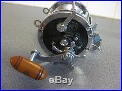 Vintage Penn Senator 114 6/0 Reel Trolling Deep Sea Fishing with Rod Clamp