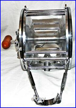 Vintage Penn Senator 14/0 Big Game Reel been in my collection in Excellent shape