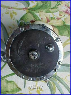 Vintage Penn Senator 9/0 Saltwater Fishing Reel with Rod Clamp and Harness