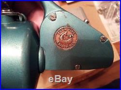 Vintage Penn Spinfisher 705 spinning reel
