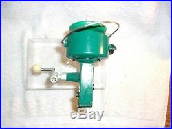 Vintage Penn Spinfisher 711 Spinning Fishing Reel Near Mint Condition Box Plus