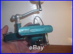 Vintage Penn Spinfisher Model 704 Spinning Fishing Reel Salt Water Excellent